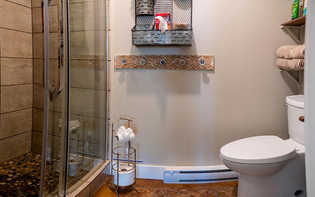 gardenview-bathroom