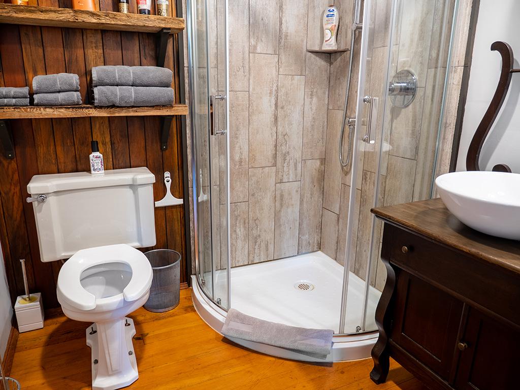 pierview-bathroom